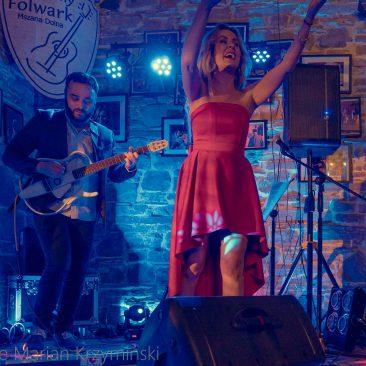 Beti & Bobass świąteczny koncert w Muzycznym Folwarku Mszana Dolna
