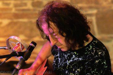 Gwyn Ashton koncert Muzyczny Folwark Stara Winiarnia Mszana Dolna