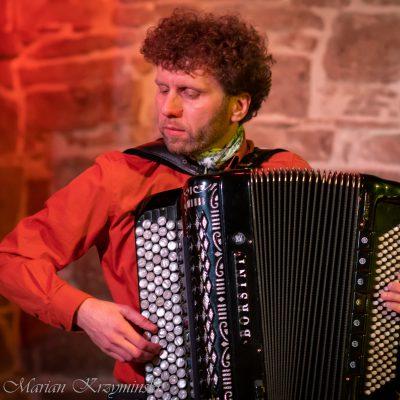 Tomasz Drabina INSPIRACJE koncert w Muzycznym Folwarku Stara Winiarnia Mszana Dolna