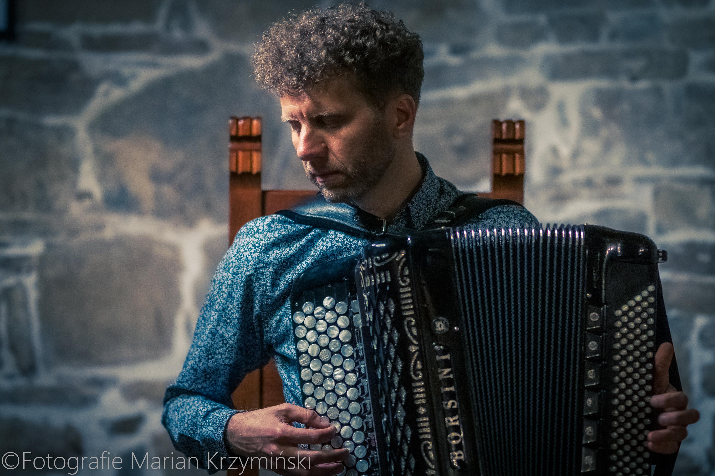 Tomasz Drabina INSPIRACJE koncert 2021 Muzyczny Folwark